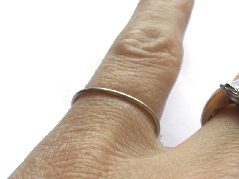 Sandy Babe a 18K solid yellow gold mini stacking ring 1mm - product images  of