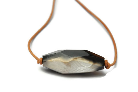 Mocha,Agate,and,Leather,Necklace,agate necklace, handmade, handmade in los angeles, los angeles, art, artist, black agate, coffee agate, toffee agate, football agate, leather and agate, necklace, handmade necklace