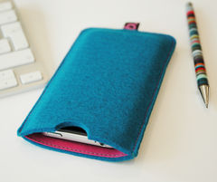 Felt,Sleeve,for,iPhone,Felt iPhone sleeve, Felt sleeve for iPhone, handmade, bookery, 100% felt, Heather Weston, felt, iphone cover