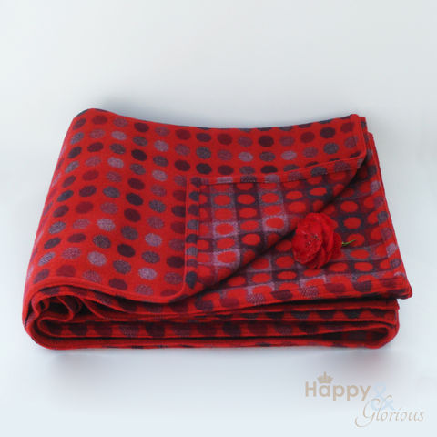 Red,berry,'Mondo',spot,pure,lambswool,throw,by,Melin,Tregwynt,red, purple, berry, pure, wool, traditional, reversible, doublecloth, spot, spotty, spotted, soft, warm, natural, lambswool, Welsh, Wales, throw, blanket, British, Tregwynt, Melin Tregwynt, Britain, Made in Britain, England, En
