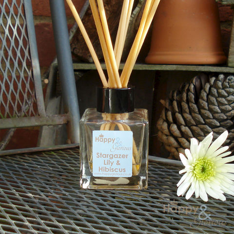 stargazer,lily,&,hibiscus,fragrance,reed,diffuser, lily, hibiscus, floral, Diffuser, British, rattan reeds, rattan, reeds, fragrance, oil, recycled, relaxing, glass, scent, scented, made in Britain, English, made in the UK