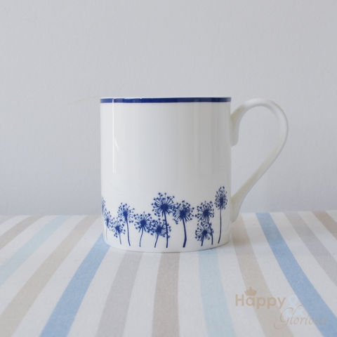 Navy,blue,&,white,dandelion,silhouette,fine,china,mug,by,Kate,Tompsett,navy, indigo, dandelion, flower, seedheads, silhouette, blue, white, mug, Kate Tompsett, bone china, fine bone china, cup, made in Britain, British, English, made in the UK