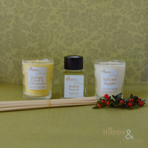 Spicy,fragrance,gift,set,-,Mini,reed,diffuser,&,two,candle,votives,Christmas, winter, Diffuser, British, rattan reeds, rattan, reeds, essential oil, fragrance, oil, mulled pear, spiced apple, orange, clove, cinnamon, spice, spicy, Christmas, recycled, relaxing, glass, scent, scented, Made in Britain, English