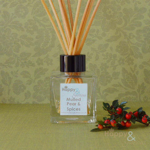 Organic,mulled,pear,&,spices,fragrance,reed,diffuser, mulled pear, wine, spices, spice, clove, cinnamon, Diffuser, Organic, British, rattan reeds, rattan, reeds, fragrance, oil, recycled, relaxing, glass, scent, scented, made in Britain, English, made in the UK