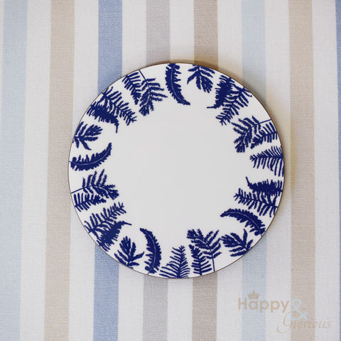 Navy,blue,&,white,fern,silhouette,wooden,coaster,by,Kate,Tompsett,navy, indigo, fern, bracken, leaves, silhouette, blue, white, coaster, Kate Tompsett, wooden, drink mat, made in Britain, British, English, made in the UK