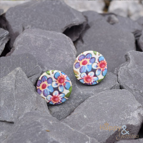 Blue,&,pink,forget-me-not,ceramic,stud,earrings,by,Stockwell,Ceramics,forget me not, pink, blue, earrings, handmade, jewellery, studs, flower, Stockwell Ceramics, Britain, British, Made in Britain, England