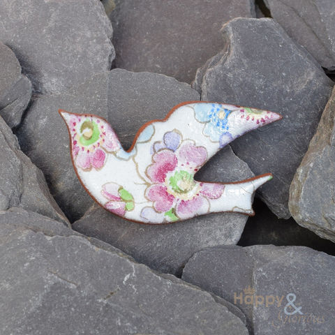 White,,pink,and,blue,floral,ceramic,bird,brooch,by,Stockwell,Ceramics,blossom, brooch, badge, bird, white, pink, blue, handmade, jewellery, studs, flower, Stockwell Ceramics, Britain, British, Made in Britain, England