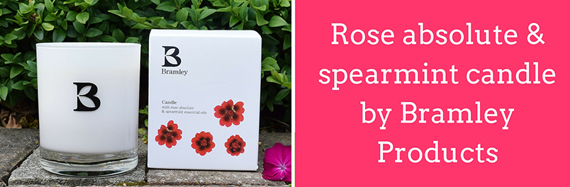Gift of the month - rose absolute & spearmint candle