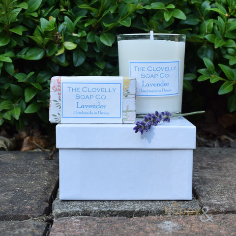 Clovelly,lavender,soap,&,candle,gift,set, soy wax, Clovelly, Clovelly soap, natural, organic, soap, lavender, relaxing, exfoliating, uplifting, cleansing, essential, oil, essential oil, British, paraben free, glycerine, olive, guest soap, coconut, olive oil, handmade, Devon, made in Brita