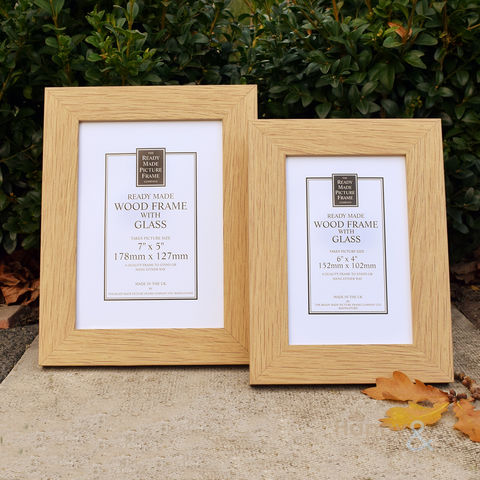 Natural,oak,wooden,photograph,frame,in,two,sizes, frame, photo frame, picture, 6x4, 7x5, Britain, British, Made in UK, Made in Britain, England, English, British made