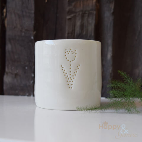 Porcelain,tulip,tealight,candle,holder,by,Luna,Lighting, spring, flower, ivory, hand crafted, handmade, wedding, gift, porcelain, tea light, votive, candle, holder, candleholder, Luna Lighting, Luna, Anna Perring, London, British, Made in UK, Made in Britain