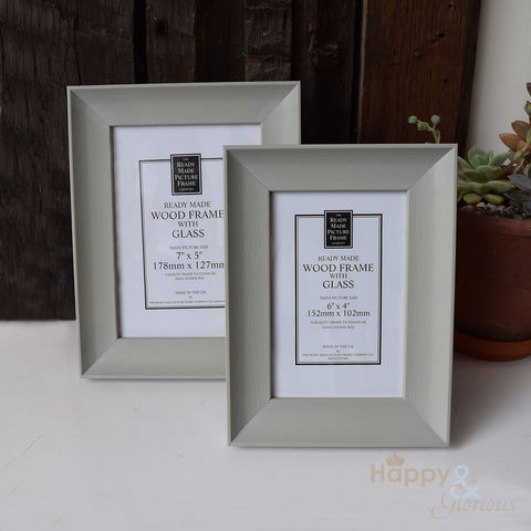 Soft,sage,green,wooden,photograph,frame, sage, chalk paint, annie sloane, frame, photo frame, picture, 6x4, 7x5, Britain, British, Made in UK, Made in Britain, England, English, British made