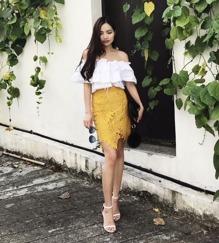 Yellow,Laser,Cut,Lace,Skirt