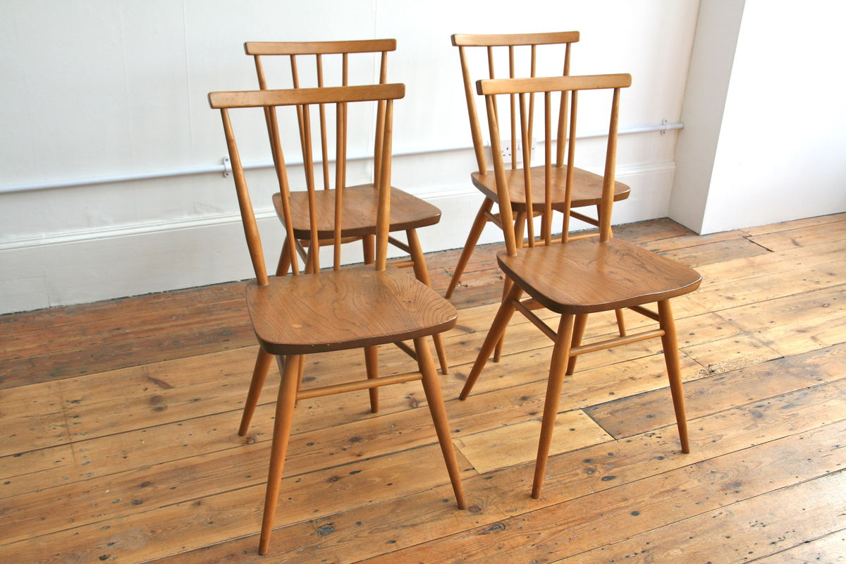 Kitchen chairs ercol kitchen chairs for Kitchen dining furniture