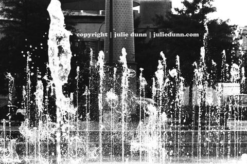 Water,Unleashed,water; fountian; Atlanta; Centennial Park; black and white photography; photos