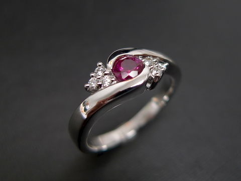 Diamonds,Ring,with,Ruby,Jewelry  Ring  bride  anniversary  classic ring  wedding diamond ring  engagement ring  diamond ring three stone ring  diamond wedding ring  engagement diamond  ruby  ruby diamond ring  diamond ruby ring red