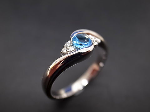 Blue,Topaz,Diamond,Ring,Jewelry  Ring  engagement ring  round brilliant cut  custom made jewelry  wedding ring  wedding band engagement band  diamond wedding ring  wedding diamond ring  blue  blue topaz ring  blue topaz topaz ring