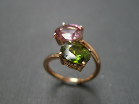 Peridot,and,Garnet,Ring,Jewelry, Ring, Metal, gold, wedding band, wedding ring, engagement ring, anniversary gift, stackable ring, classic ring, garet ring, pink gemstone ring, garnet ring, red gemstone ring, peridot