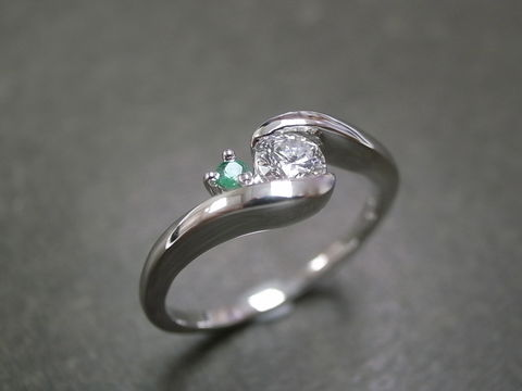 Emerald,Diamond,Ring,Jewelry, Ring , Band, diamond wedding band, engagement ring, anniversary gift, round brilliant cut, custom made jewelry, classic ring, gemstone, green, emerald ring, classic diamond ring, engagement diamond, wedding band, platinum ring, diamond, emerald