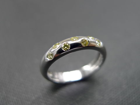 Yellow,Diamond,Wedding,Ring,Jewelry,just_married,diamond_band,eternity_band,stackable_ring,anniversary_gift,engagement_band,custom_made_jewelry,personalized_jewelry,classic_wedding_ring,engagement_ring,yellow_diamond_ring,fancy_yellow_diamond,platinum_ring,fancy yellow diamond