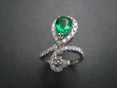 Diamond & Emerald Ring - product images 4 of 6