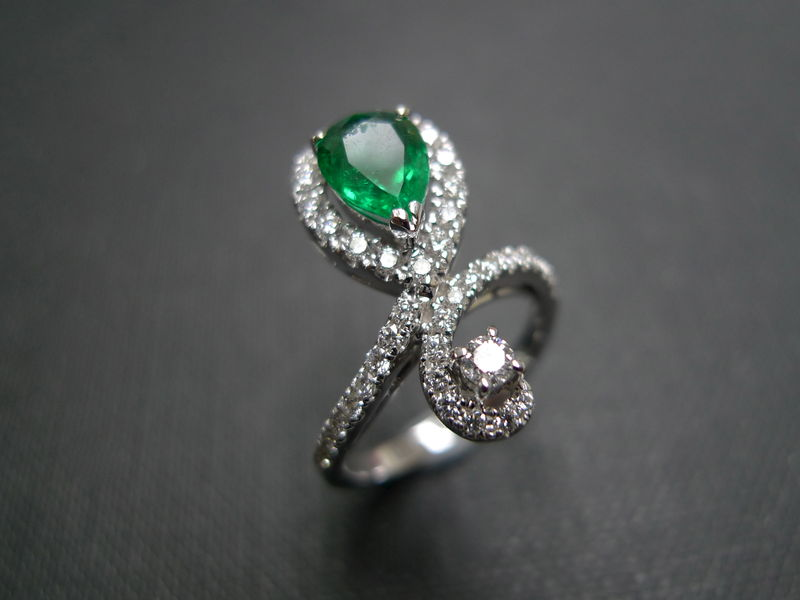 Diamond & Emerald Ring - product image