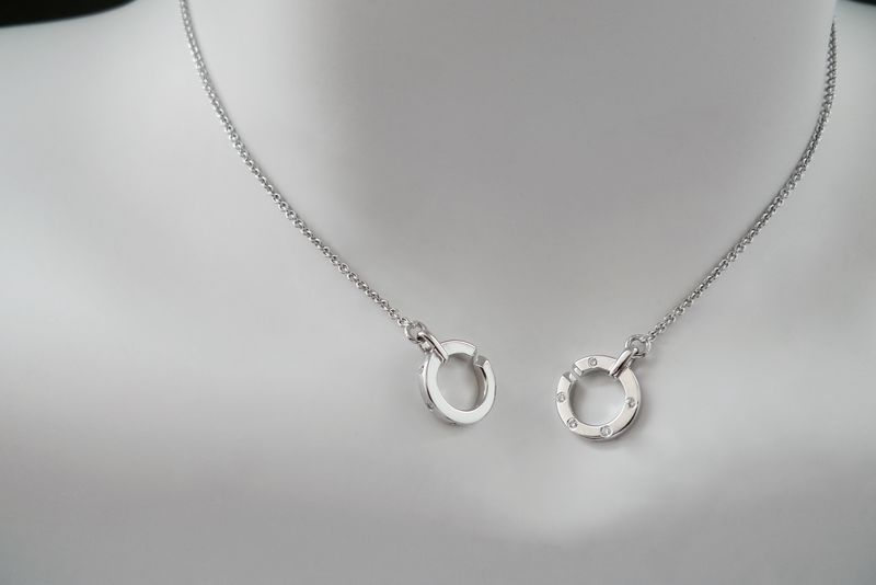 Removable Circle Pendant with Diamond in 18K White Gold - product image