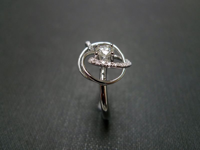 0.40ct DIAMOND IN MOTION RING - product image