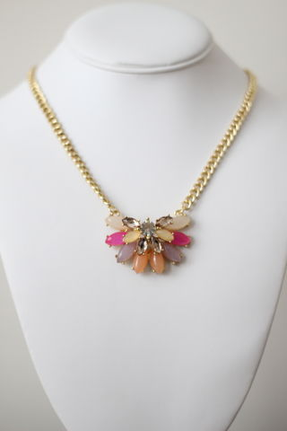 Half,Flower,Necklace,Set