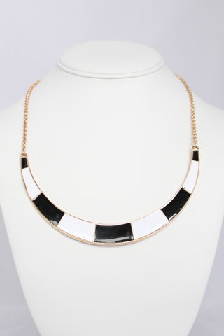 Avery,Collar,Necklace,-,White,and,Black