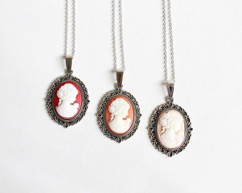 Small,Cameo,Necklace,(Red,or,Salmon),cameo necklace, small cameo necklace, red cameo necklace, orange cameo necklace, nude cameo necklace, red orange cameo, red white cameo, red orange white, red bridesmaid necklace, orange bridesmaid necklace, coral cameo necklace, c
