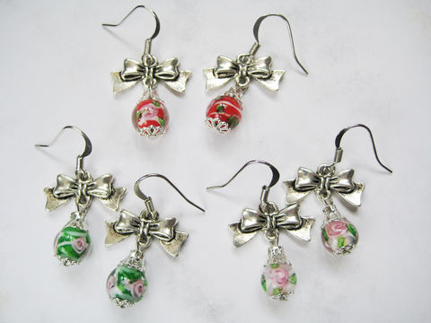 Small,Ornament,with,Ribbon,Lampwork,Earrings,(3,colors,available),ornament earrings, glass bead earrings, lampwork earrings, ribbon earrings, red ornament earrings