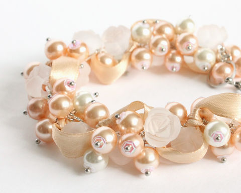 Nude,White,Rose,Cluster,Bracelet,and,Earrings,Set,nude cluster bracelet, peach cluster bracelet, nude bracelet earring set, peach bracelet earring set, white rose bracelet, nude white bracelet, nude pearl bracelet, peach pearl bracelet, white flower bracelet, nude jewelry set, nude color jewelry