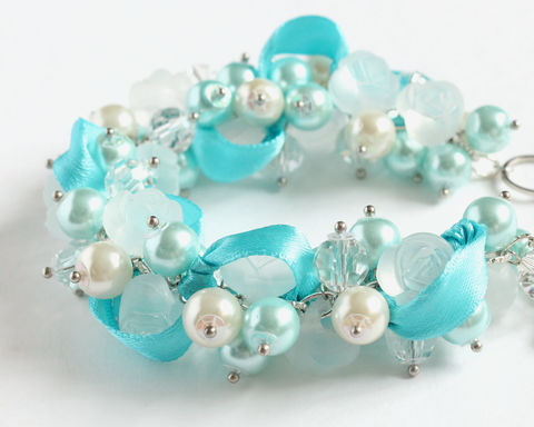 Icy,Blue,Frosty,Rose,Cluster,Bracelet,and,Earrings,Set,icy blue bracelet, ice blue bracelet, light blue white bracelet, blue white bridesmaid bracelet, frosty white bracelet, snowy white bracelet, frozen bracelet, elsa bracelet, ice bracelet
