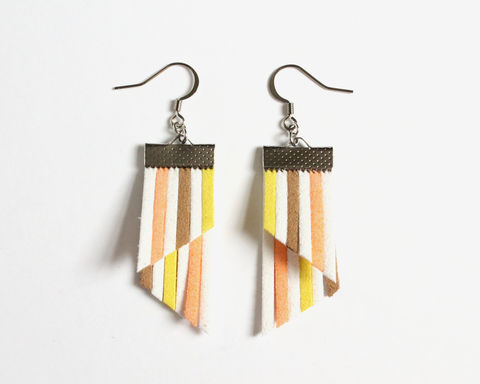 Color,Stripes,Earrings,-,White,Orange,Brown,Yellow,color stripes earrings, color strips earrings, colorful earrings, color leather earrings, white orange brown yellow earrings, orange white stripes earrings, brown orange stripes earrings, brown yellow stripes earrings, pastel stripes earrings