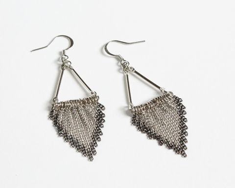 Triangle,Fringe,Mini,Chain,Tassels,Earrings,silver tassel earrings, triangle tassel earrings, triangle fringe earrings, rhombus tassel earrings, rhombus fringe earrings, mini chains tassel earrings, silver black triangle tassel earrings
