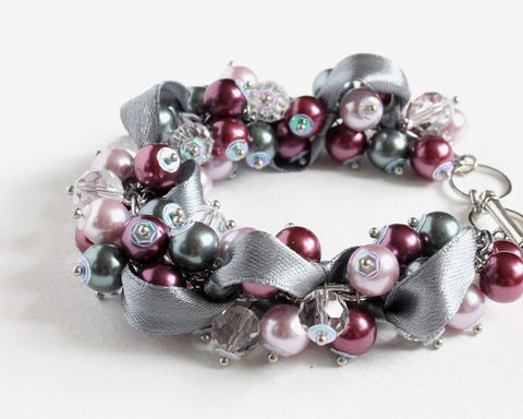 Red-Violet,,Mauve,and,Gray,Cluster,Bracelet,Earrings,Set,red-violet bracelet, red-violet pearl bracelet, cluster bracelet, pearl cluster bracelet, red-violet bridesmaid bracelet, purple pearl bracelet, purple gray bracelet, purple gray bridesmaid bracelet, bridesmaid jewelry set