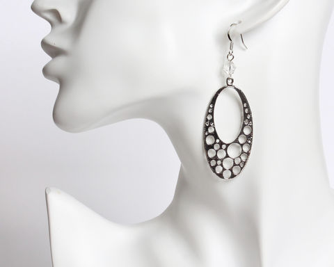 Large,Oval,Dangle,with,Hole,Pattern,Earrings,oval silver earrings, silver oval earrings, large oval earrings, oval earrings with holes, oval holes earrings, oval circle earrings, hole pattern earrings, hole design earrings, oval clip on earrings