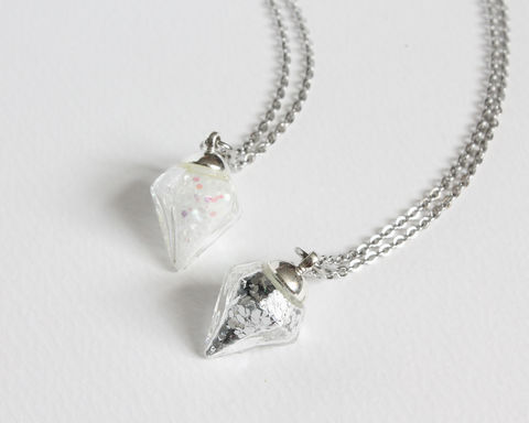 Mini,Diamond,Shape,Vial,Necklace,mini vial necklace, diamond shape vial necklace, small diamond necklace, white glitter vial necklace, white diamond necklace, glitter diamond necklace, mini glass bottle necklace, silver glitter mini vial necklace