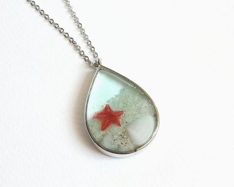 Teardrop,Pendant,Beach,with,Seashell,and,Red,Starfish,Necklace,water sand necklace, blue beach necklace, ocean sand necklace, blue resin necklace, gold seashell starfish beach necklace, aqua water beach necklace, sand water shell necklace, beach shell necklace