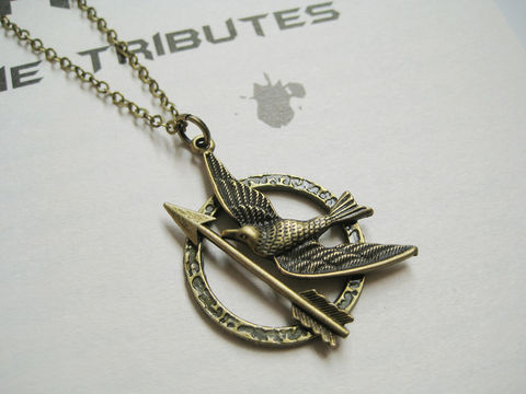 Mockingbird,with,arrow,necklace,(CLEARANCE),mockingjay logo necklace, mockingbird necklace, mockingjay necklace, mockingjay and arrow necklace, bronze necklace