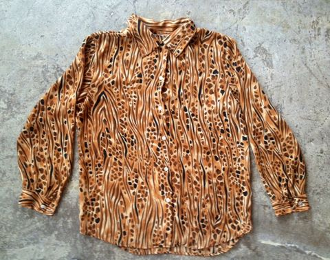 ABSOLUTELY,ANIMAL,SHEER,BUTTON,DOWN,vintage, animal print, sheer, button down, blouse