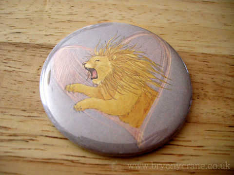 Lion,Pocket,Mirror,and,Stickers,Pack,Accessories,Animal,pocket_mirror,mirror,small_mirror,illustrated_mirror,illustration,gift,stickers,bird_stickers,lion,lionheart,lion_gift,lion_illustration,cellophane_and_card_packaging,badge_mirror