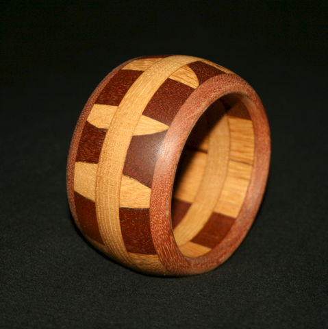 Wooden,Bangle,Segmented,with,Mahogany,&,English,Oak,wooden bangle, wood segmented bangle, hardwood bangle, wooden bracelet