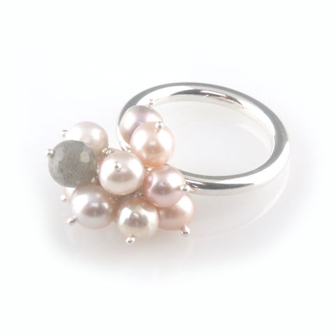 'Pearl,Wonder',-,pinky,pearl,cluster,silver,ring,silver jewellery, contemporary jewellery, ring, pearl, pink colour pearl, cluster pearl ring, labradorite