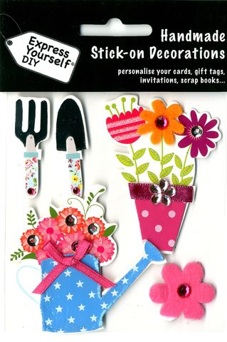 Gardening,Items,,Watering,Can,&,Flowers,Craft, Gardening Items, Watering Can, Flowers, Topper