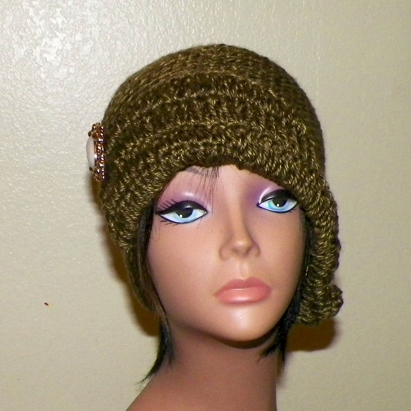 Cloche Hat Flapper Womens Olive Green Button And Bow Downton Abby Freeform  Beanie Crochet Gatsby Bucket 1920s Style - Wild Irish Rose Crochet 6e2acb92a7a