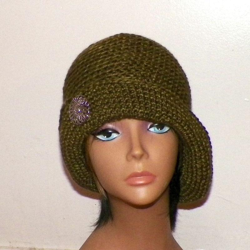 Olive Green Cloche Hat Flapper Womens Button Downton Abbey Freeform Earth  Tone Beanie Crochet Gatsby Bucket 1920s Style - Wild Irish Rose Crochet a935f7314ff