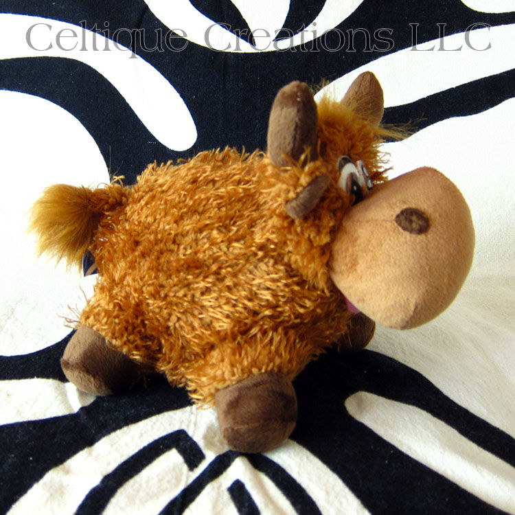Scottish Highland Cow Stuffed Animal Heilan' Coo Soft Toy - product images  of