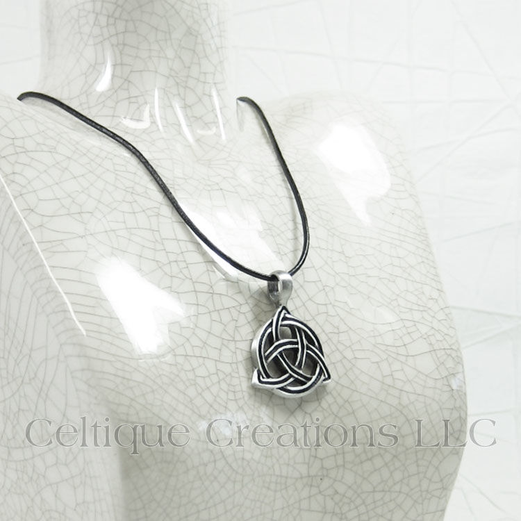 Handmade Celtic Trinity Knot Necklace Adjustable - product images  of
